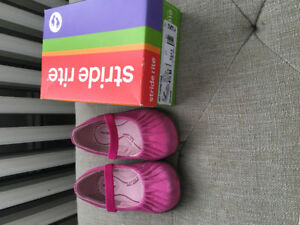 Toddler size 4.5 stride rite shoes