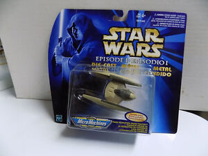 Star Wars Yoda and  R2D2 new in package and more. Kitchener / Waterloo Kitchener Area image 9