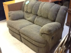 Nice Love Seat Recliner (Gray /Brown) Reclines on both sides