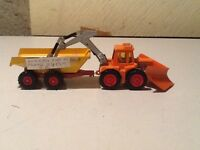 MATCH BOX SUPER KING TRACTOR/TRAILER.951