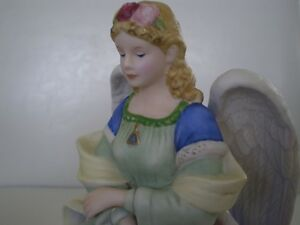 "Royal Doulton Figurines - "" Angels "" - Signed Kitchener / Waterloo Kitchener Area image 6"
