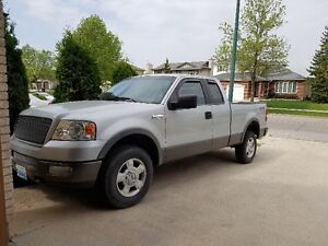 F-150 FX4 Leather Interior,5.4L,4x4,Loaded,saftied...newer tires