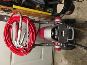Titan XT power paint sprayer  with hose and gun