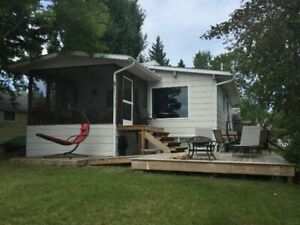 Chitek Lake -Lakefront Cabin Rental