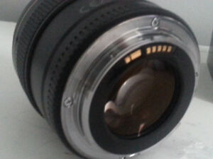 Canon 85 mm 1.8usm in excellent condition.