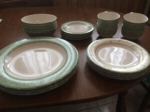 Royal Doulton Dinnerware Set (New)