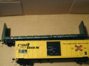 HO scale BC Rail bulkhead flatcar for electric model trains