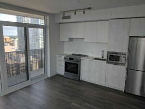 2 Bedroom, 2 Bath Luxury Condo Apartment (Yonge/Eglinton) $2675