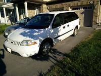 2002 Ford Windstar LX Utility Minivan, Van