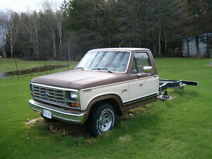 1982 FORD PICKUP GREAT PROJECT LOTS DONE $1000 AS IS