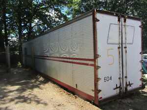 48 Foot Tractor Trailer Outside Storage Shipping Box Container