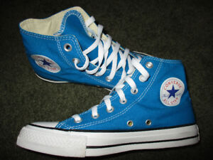 Converse ladies size 7.5 brand new shoes