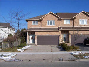 End unit townhome for sale in beautiful Ancaster Meadowlands