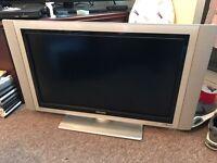 "32"" Philips flat screen £40"