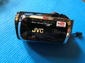JVC Everio Dual Memory Camcorder GZ-MS120BEK With 2 Batteries