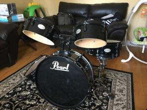 Pearl Rhythm Traveler Drum Set