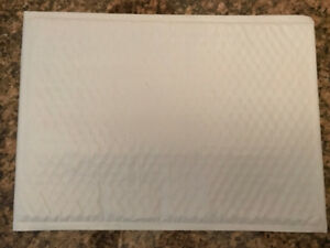 HEY ETSY AND EBAY SELLERS, 2 SIZES OF BUBBLE MAILERS