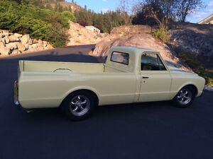 1967 Chev C10 long box truck