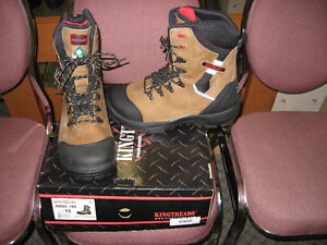 Kingtreads size 12 composite safety boots - unworn!