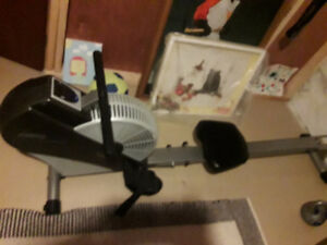 Rower-almost new air rowing machine-price firm/reduced +++