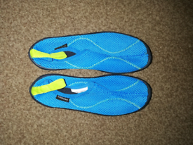 Boys aqua shoes size 13c-1