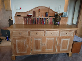 REDUCED 22/11 beautiful bespoke solid light oak sideboard dresser