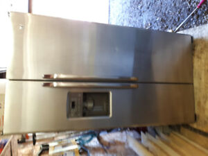 Ge Stainless Steel side by side Fridge for sale
