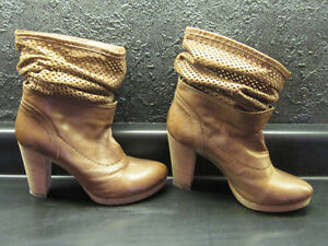 BRAND NEW REAL LEATHER & SUEDE with REAL WOOD HEELS BOOTS