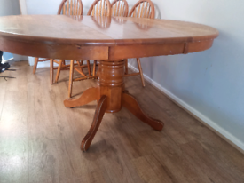 Table and chairs for upcycle. Extending. Pine