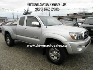 Toyota Tacoma SR5 V6 Access Cab 4x4 Long Box Pickup Truck