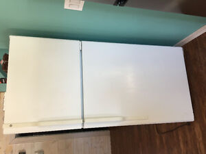 Excellent working condition GE white refrigerator