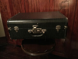 Great vintage black faux alligator suitcase (A166)