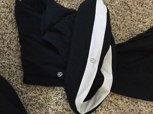 Lululemon groove pant size 4 (could also fit a 6)