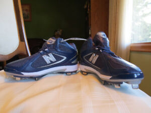 Sports Cleats (NEW)