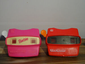 Two View-master 3D viewers, 19 reels and 2 cases for the reels Cornwall Ontario image 2