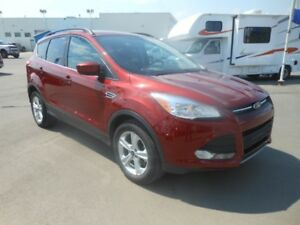 2014 Ford Escape SE w/Back Up Camera, Remote Start & Heated Seat
