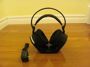 Sony Wireless Headphones MDR-RF925RK Like New