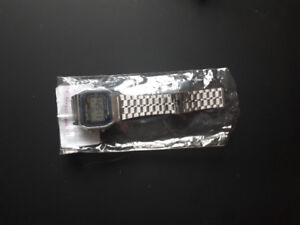 Watches/ Necklaces