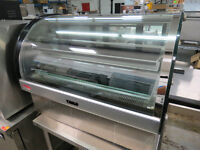 """BAKE MAX 35"""" CURVED GLASS REFRIGERATED DISPLAY CASE"""