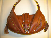 AMAZING SOPRANO BROWN PEBBLE LEATHER PURSE NEW NEVER USED!