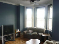 Grand 5 1/2 meublé / Large furnished 2 bedroom Villeray