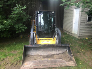 New Holland L215 Cab Skid Steer 430 Hours