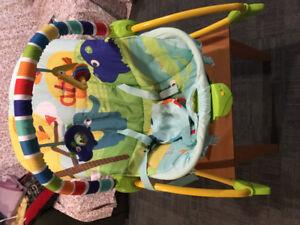 Viberating baby seat