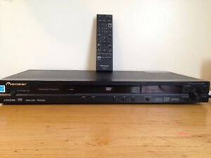 PIONEER DVD PLAYER DV-490V with REMOTE CONTROL