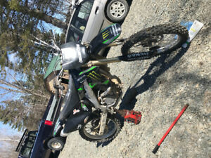 Looking to sell my 07 KX 250F