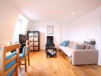 W9 A VERY LARGE 1 BEDROOM TERRACED PENTHOUSE APARTMENT IN MAIDA VALE CLOSE TO STATION
