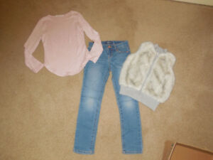 Girls Outfit - size 7 - 8