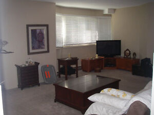 GRIMSBY 2 BED 2 BATH MAIN FLOOR CONDO APARTMENT