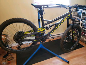 Devinci Spartan carbon medium