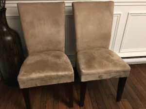 Dining chairs - Like New